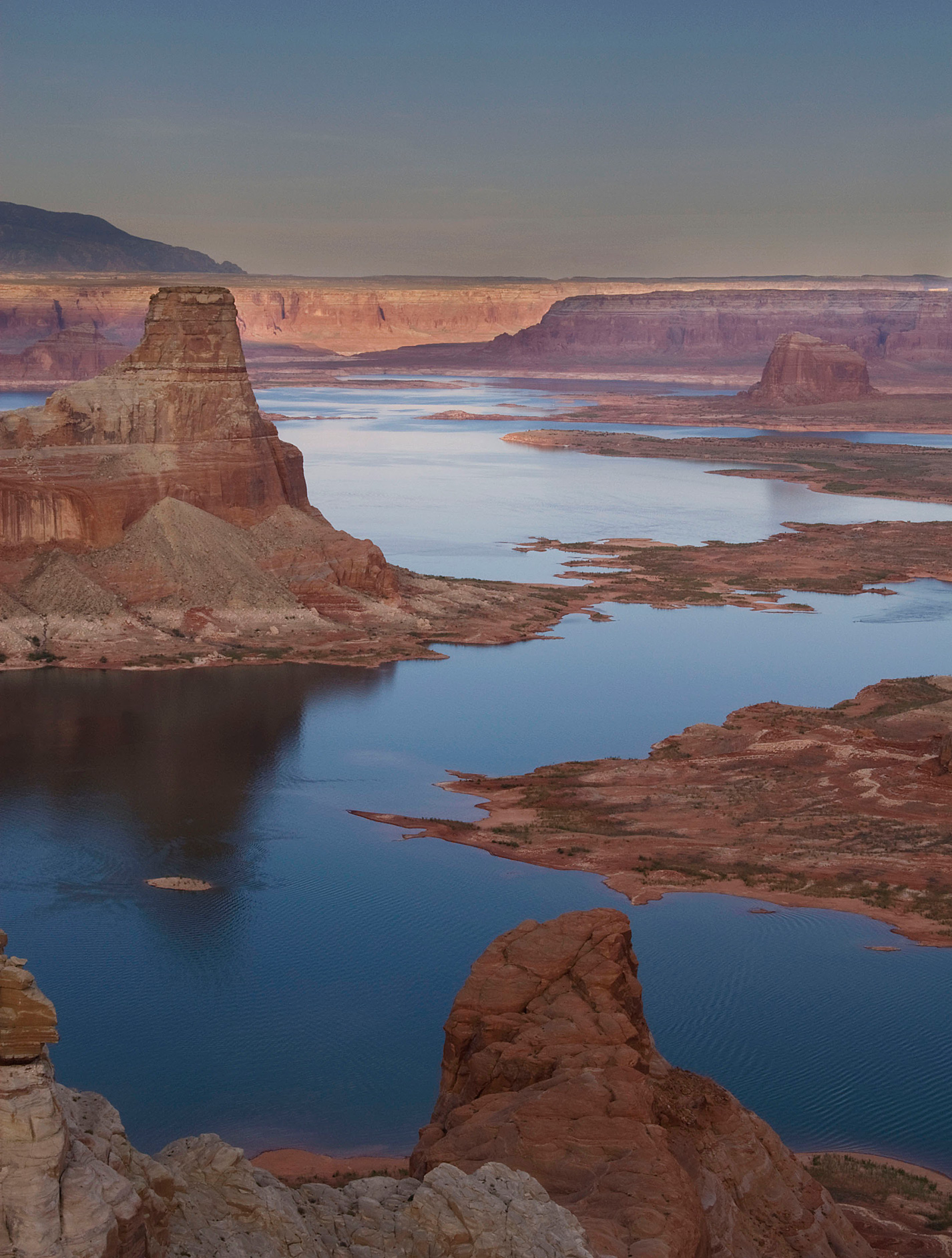 Lake Powell from Alstrom Point on the Utah side. At middle-left is Gunsight Butte.
